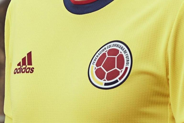 ¿Cuánto gana un futbolista colombiano por jugar en la selección?