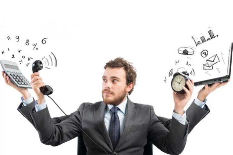 La exigencia por parte de un jefe no se puede convertir en amenaza de despido. Foto:123rf.com